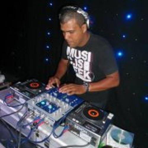Carlos Pacheco 5's avatar