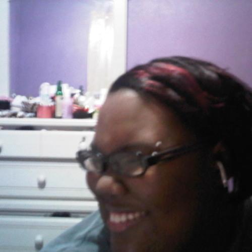 Richelle Nicolé's avatar