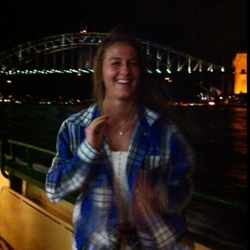 Nicole.:)'s avatar
