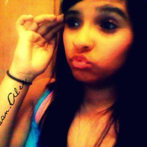 Simply_Alee♥'s avatar