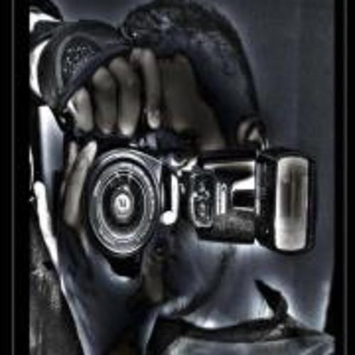 Anthony Roxy's avatar