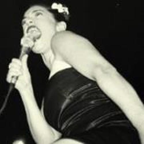 Myriam Swanson's avatar