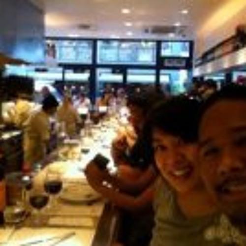 Jennifer Tan 1's avatar