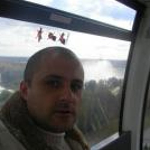 Raul Moga's avatar