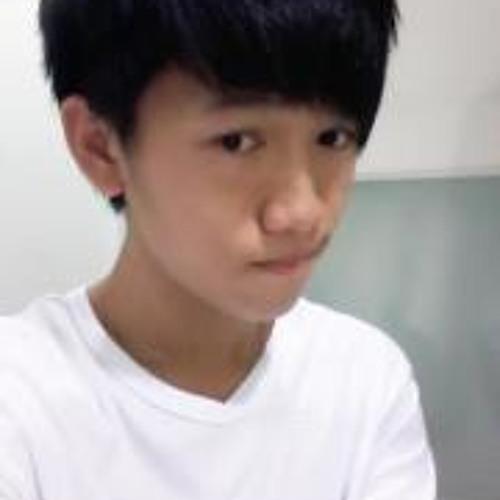 Çy Yew's avatar