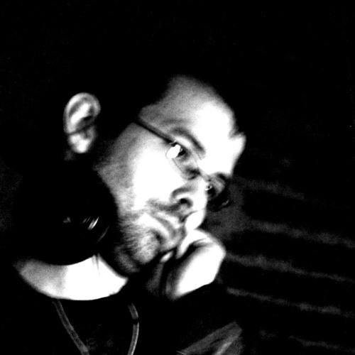 Eric the Dancer (Yzarkos)'s avatar