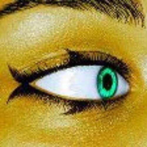 Céline Ouch's avatar