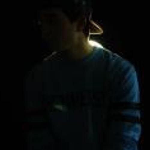 NEW ACCT IN DESCRIPTION's avatar