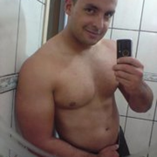 Julian Santos Neres's avatar