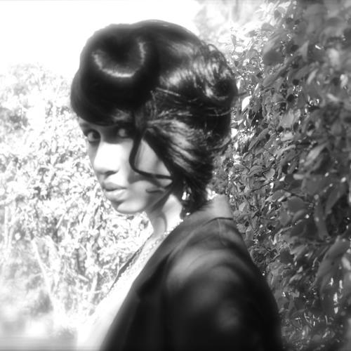 Thallie Ann Seenyen's avatar