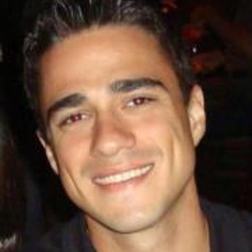 Guilherme Piotto's avatar