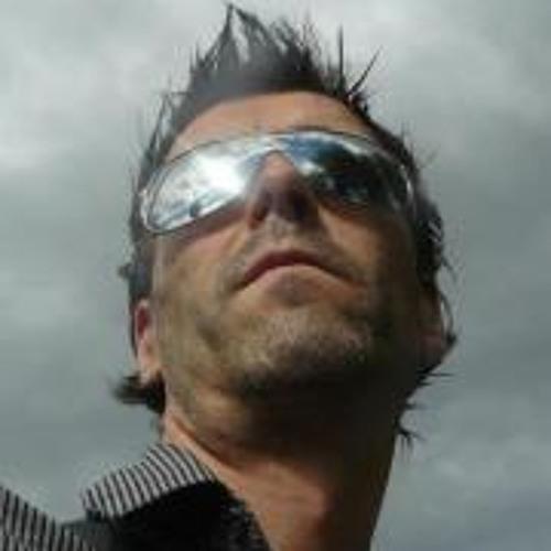 Robert Arrimada's avatar
