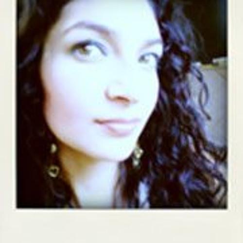 Yelli Bustos's avatar