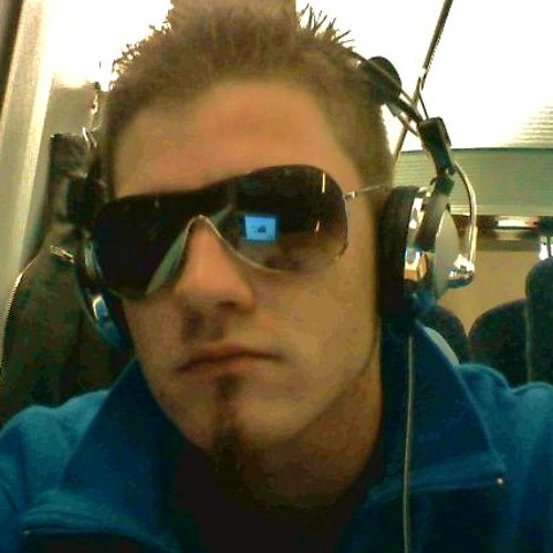 DannyDanson's avatar