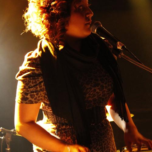 Carmen Lucia's avatar