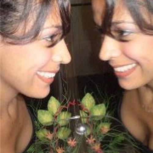 Patricia Assis Padilha's avatar