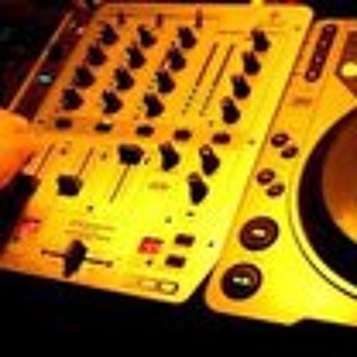 DJ 8 Man's avatar