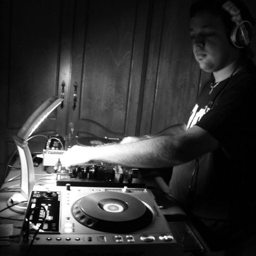 DJ Dominic's avatar