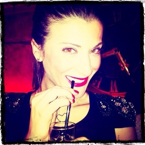 Angela S. Miquel's avatar