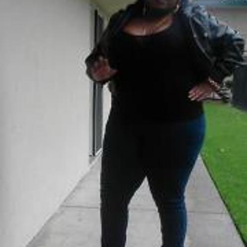 Tainitra Layne's avatar