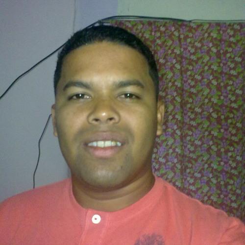 jonathan escalona's avatar