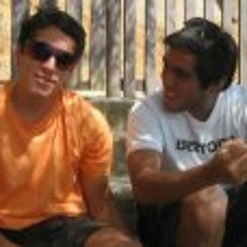 Luis A Vega C's avatar