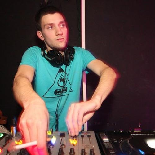 Leon Vuksic's avatar