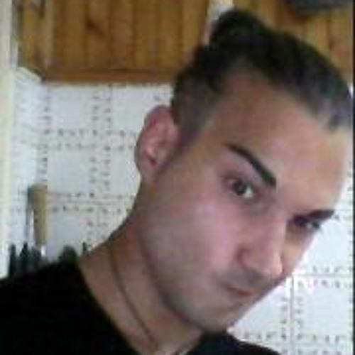 Fabio Fucito's avatar