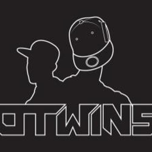 O TWINS's avatar