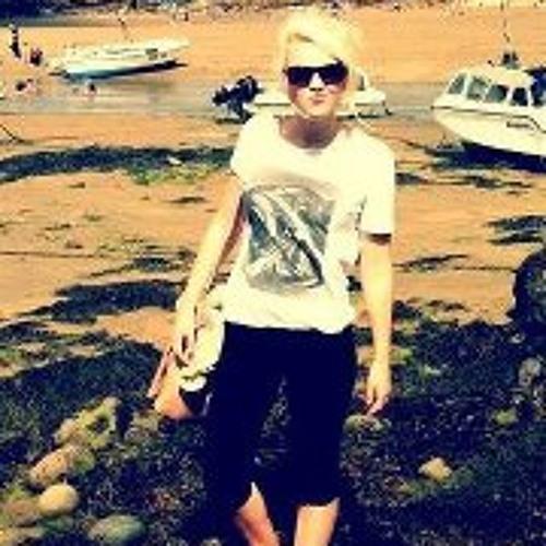 Beth Adams's avatar