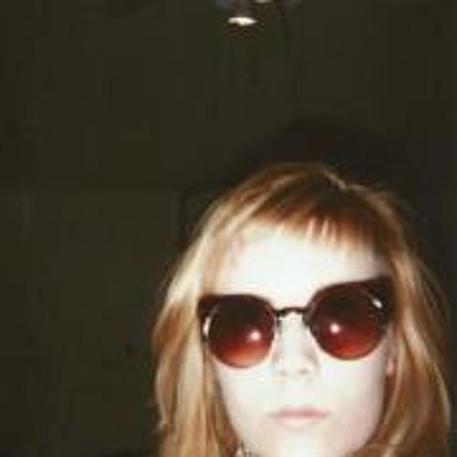 Whitney Baumgart's avatar