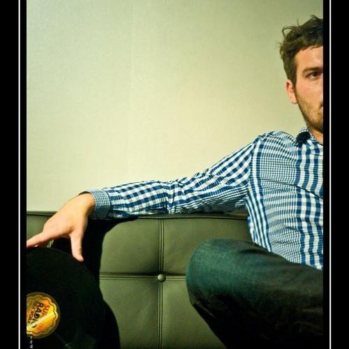 . :: Kent89 :: .'s avatar