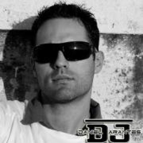 Daniel Arantes's avatar