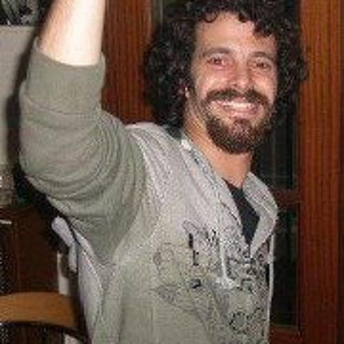 Michael Ashkari's avatar