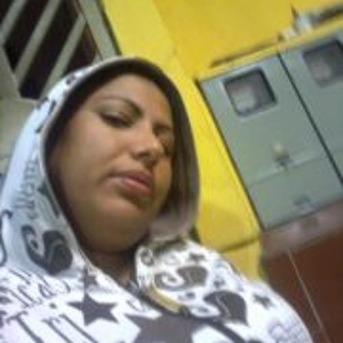 Daiane Moraes's avatar