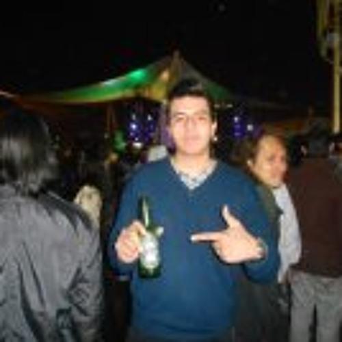 Roger Tello's avatar