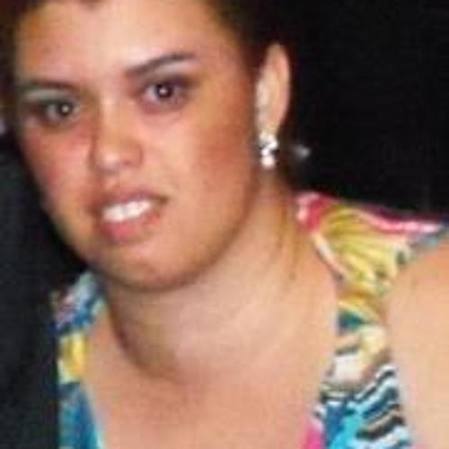 Geriane Marília's avatar