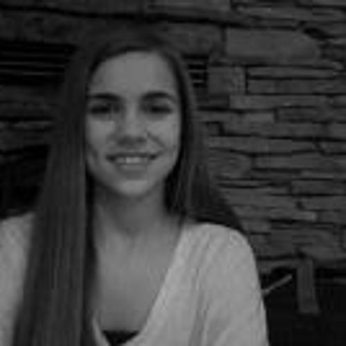 Celia Boyer's avatar