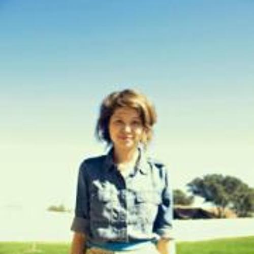 April Miller's avatar