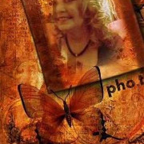 Corrie Thomas's avatar