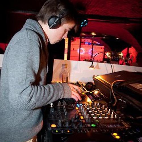 Guillaume V - Mixtapes's avatar