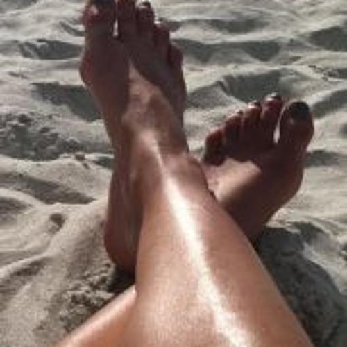 Kristine Harris's avatar