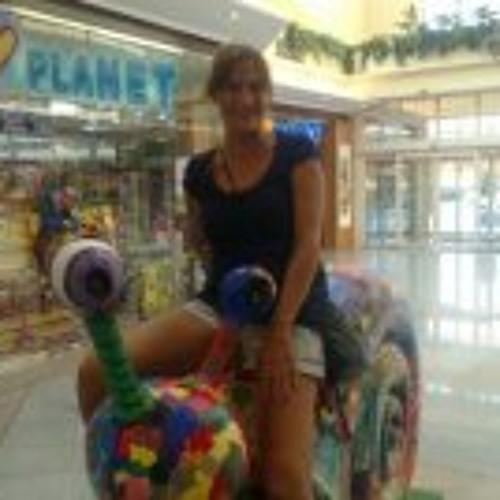 Belen Climent's avatar