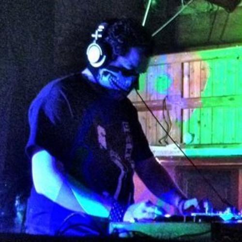 DJ DLX's avatar
