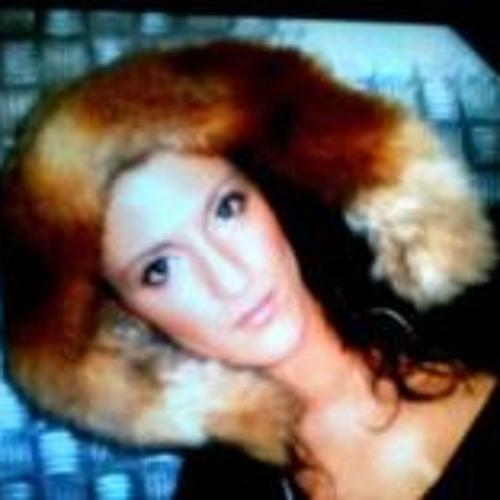 Nora Kefair's avatar