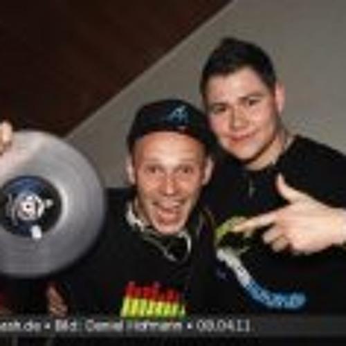 DJ-KnoX's avatar