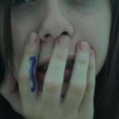 Heloisa Naques's avatar