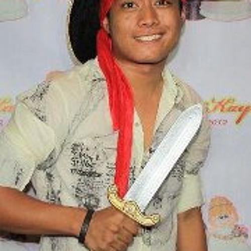 Romenz Banawa's avatar