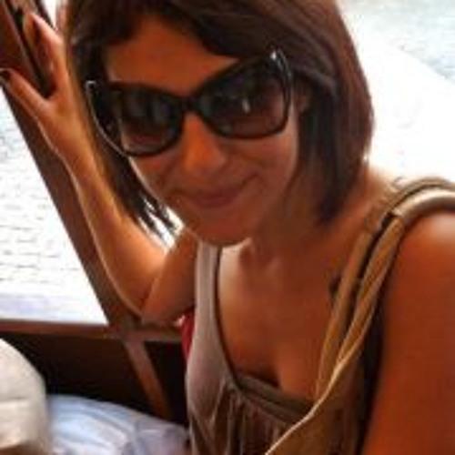 Elena Cap's avatar