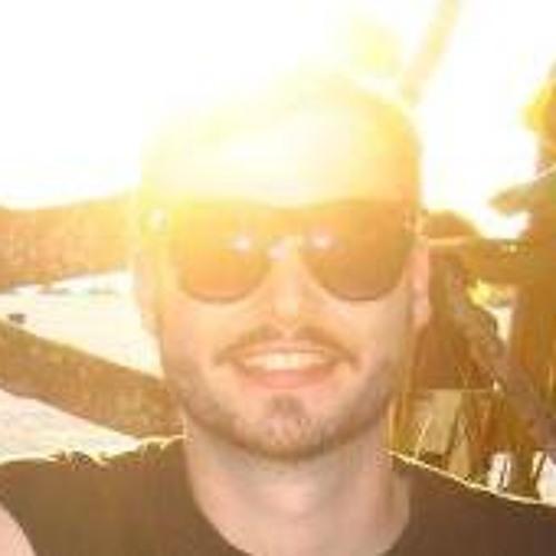 Julian Philips's avatar